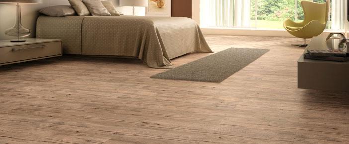 Posa pavimenti in legno laminati